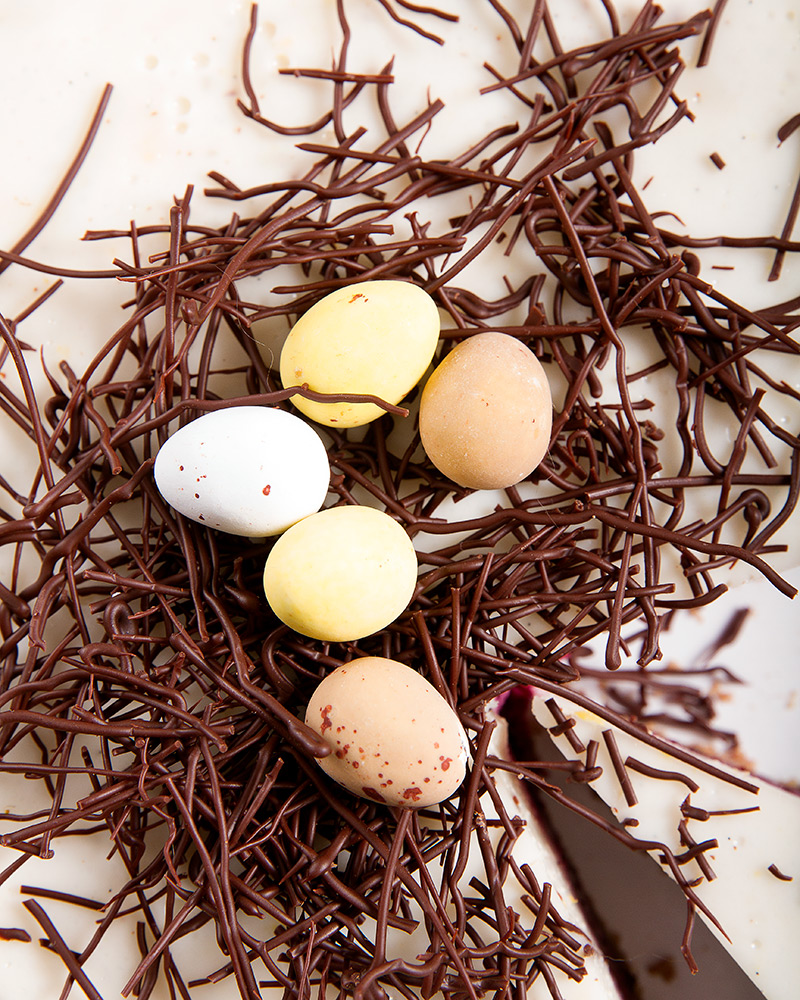 Easter vegan cake with marcipan eggs