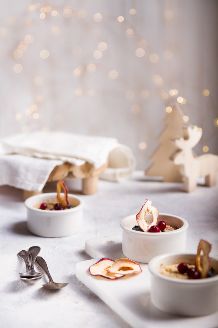 apple crumble with winter decor