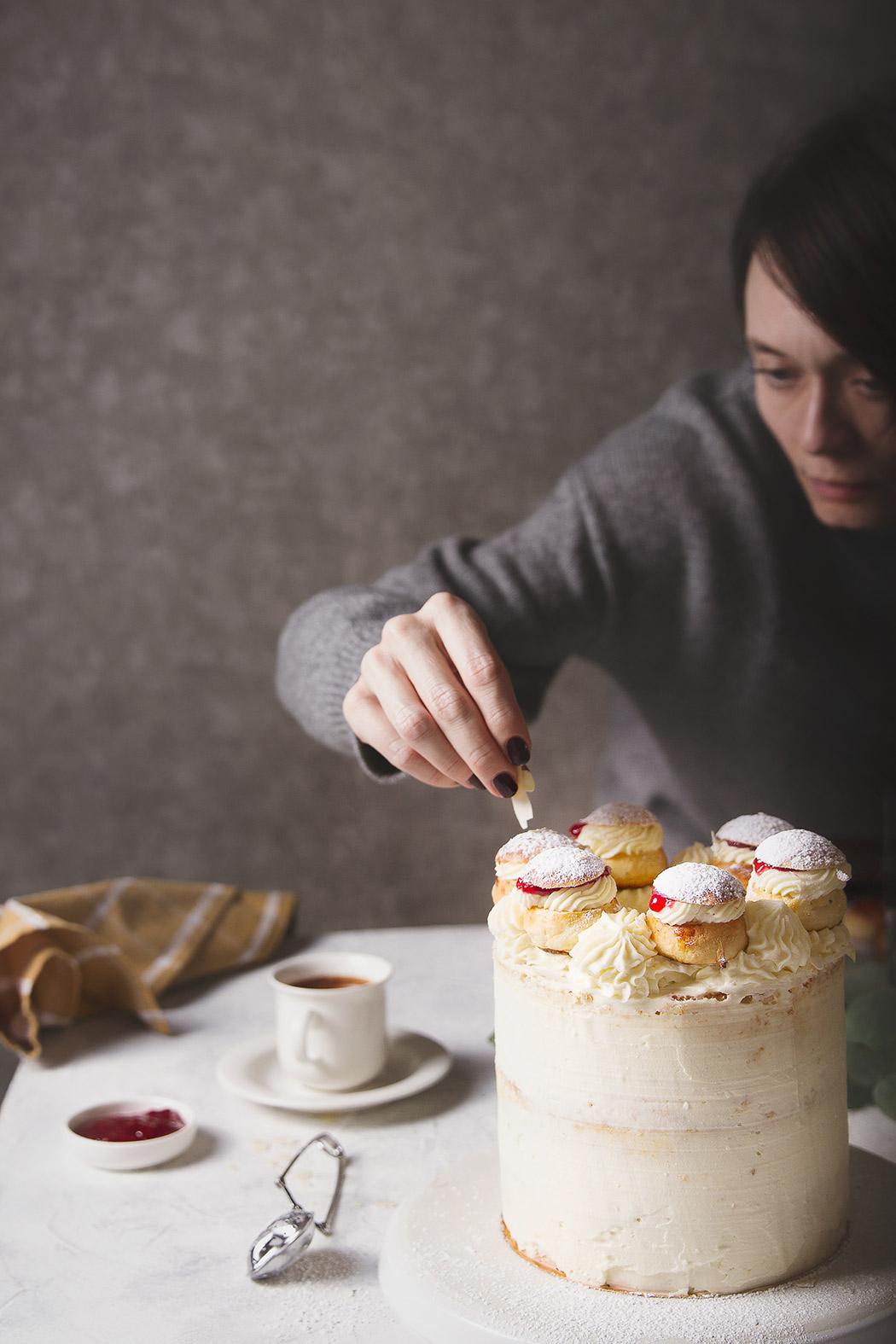 Shovetide cake