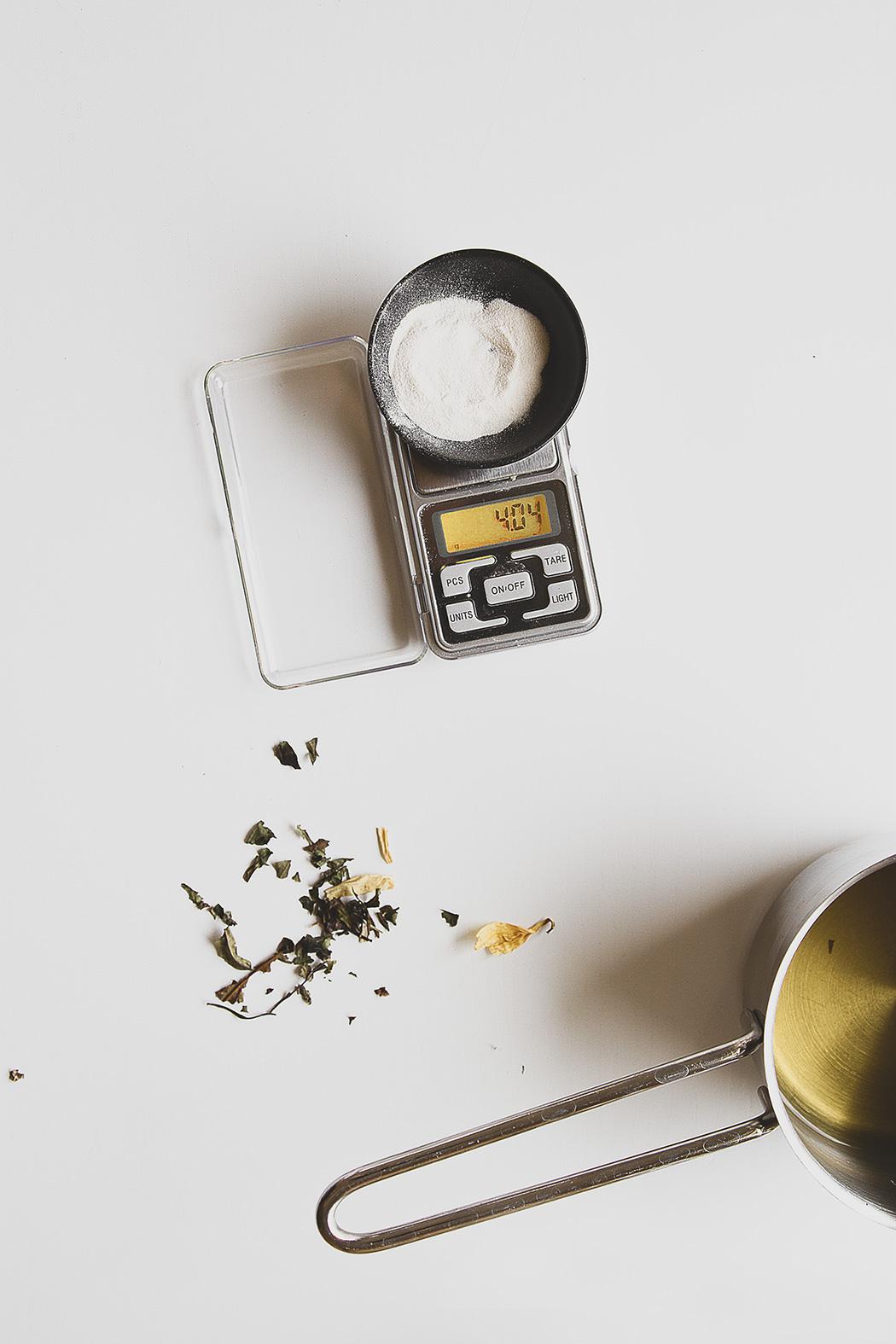 scale for agar