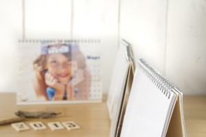 svetlanalarina-photos-three-photo-calendars-on-table